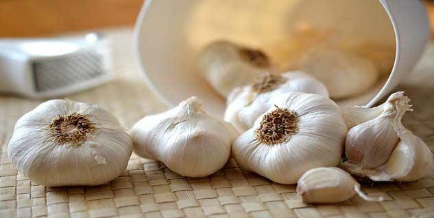 garlic-633x-319